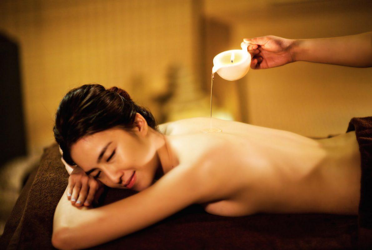 Massage trị liệu cho nữ